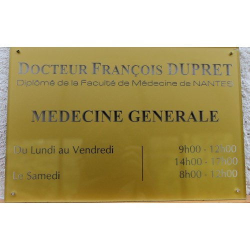 Plaque professionnelle en plexiglas transparent ou coloré format 300 x 200 mm