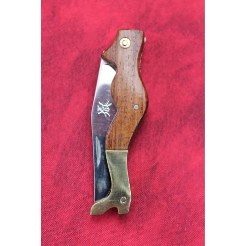 Couteau Forme corps de femme