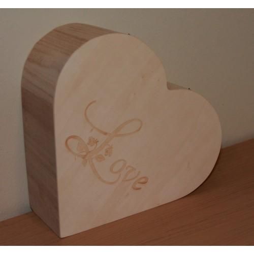 Boite en bois forme coeur